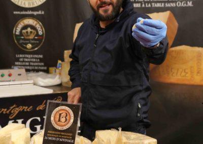 exposant-foire-de-brignoles-fromage-italie