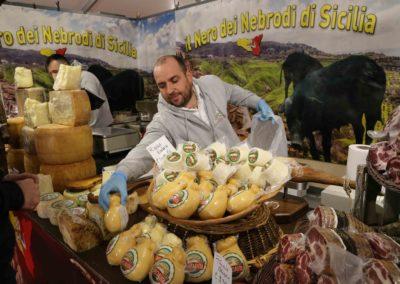 fromage-charcuterie-foire-de-brignoles